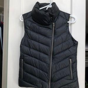Women's Patagonia down vest